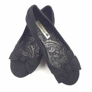 AE American Eagle ••• Slip on Bow Toe Ballet Flats